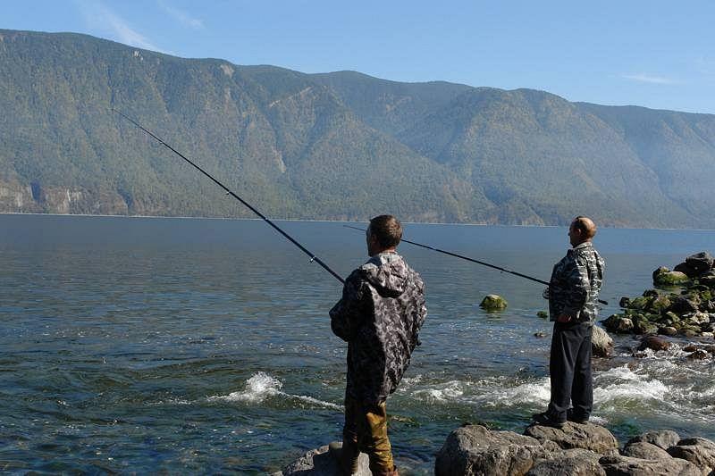 Рыбалка на озере селец